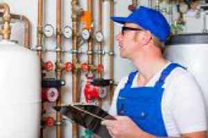 heat pump repair technician